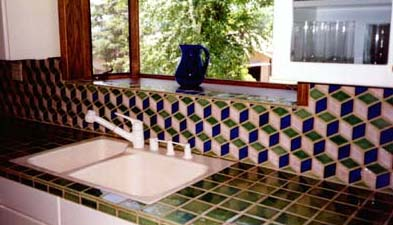 Adding An Attractive Backsplash To Your Ceramic Tile