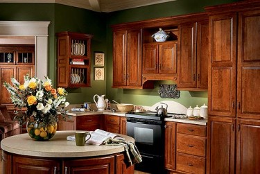 Bring the Warm Glow of Cherry Kitchen Cabinets Into Your Home